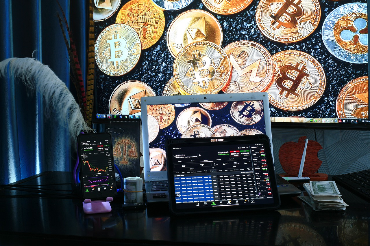 cryptocurrency trading desk